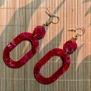 Jewelry - NWT Red Acrylic Speckled Hoop Earrings
